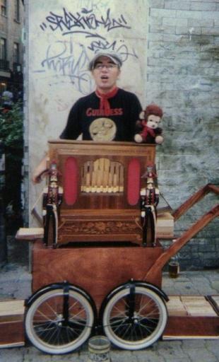 orgue de Barbarie à flûtes